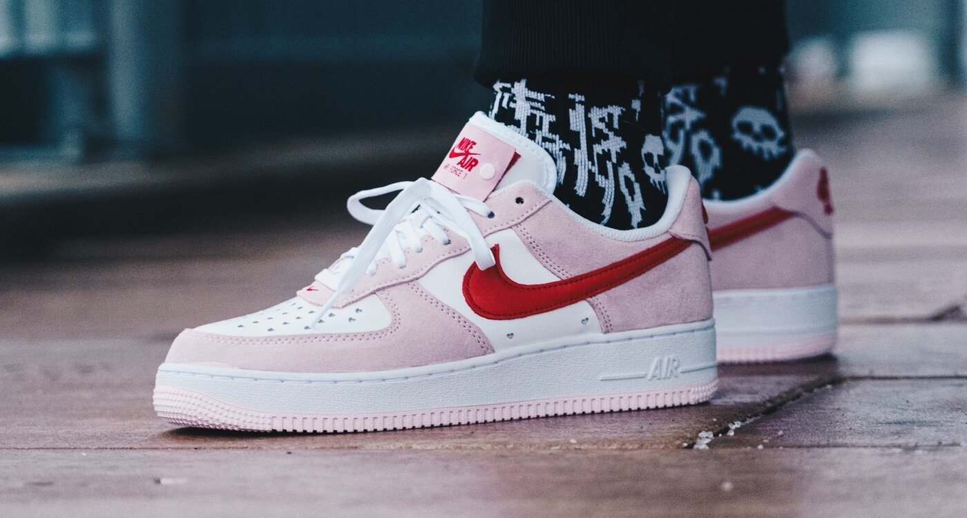 "NIKE< class=""""> AIR FORCE 1</> ""VALENTINE'S DAY"""